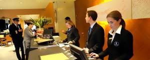 Giải pháp nguồn nhân lực ngành du lịch, khách sạn