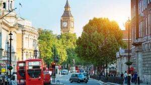 Nước Anh để tuột mất vị trí thứ 2 trên thế giới về số lượng du học sinh vì quy định chặt chẽ về di trú, việc làm
