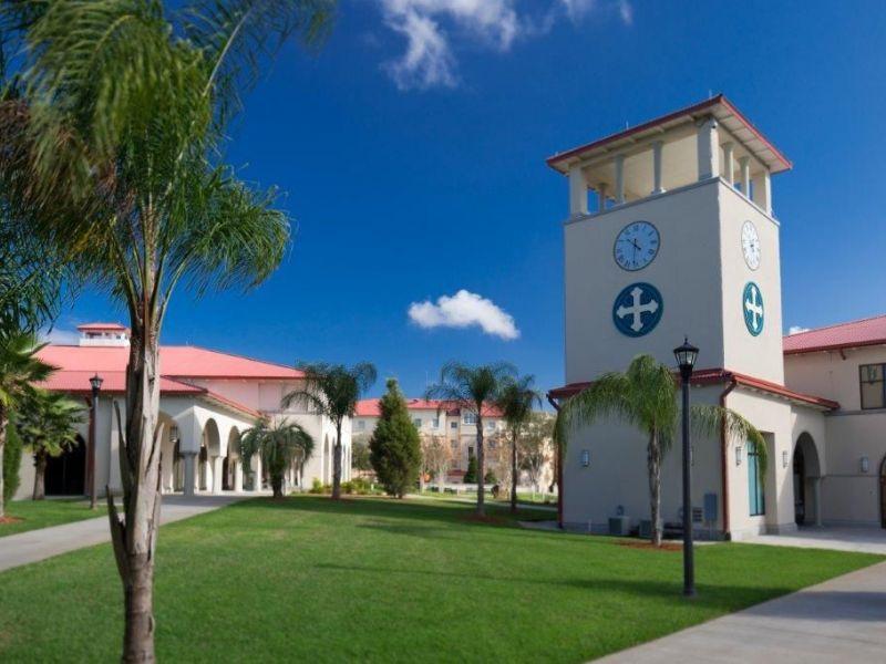 Học bổng Đại học Saint Leo cho chương trình chuyển tiếp từ Cao đẳng lên Đại học Mỹ