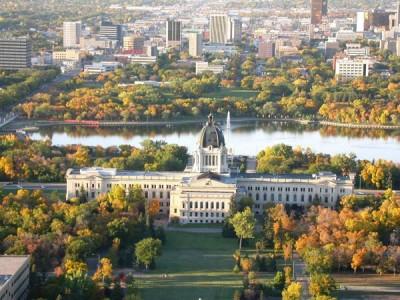Manitoba và Saskatchewan: Tiết kiệm, dễ tìm việc làm và định cư